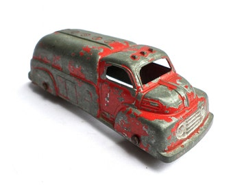 Vintage Metal Toy Car, Red Tootsie Die Cast Firetruck, Chippy Red Metal Truck, Tootsie Firetruck, 1940s Toy Truck