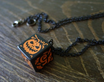 Halloween D6 pumpkin dice pendant bat dice jewelry dnd dungeons and dragons pumpkin dice Halloween jewelry dice necklace pathfinder