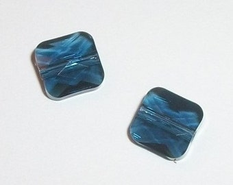 Swarovski crystal beads 8mm and 6mm Crystal passions mini square style 5053 -- Montana (blue) -- 2 pcs per lot