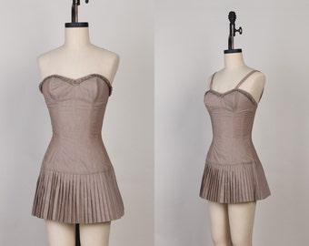 1940s - 1950s Swimsuit / Playsuit - 40s - 50s Taupe Cotton Vintage Bathing Suit with Pleated Skirt - xs