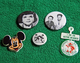 Nostalgia Collection - set of 5 pins/buttons from the 1960s - 1980s - BEATLES, Beaver & Wally, Darla, Mickey Mouse, Ranger Rick, all genuine