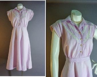 50s dress 1950s vintage LAVENDER WHITE EYELET cotton 40s 1940s house full skirt dress