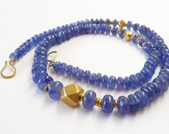Tanzanite necklace 18K Gold Necklace, Old gold beads - Unique Jewelry