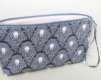 Knitting Project Bag, Large Zipper Pouch, Gray Sheep Bag with Pink Lining, Eyes on Ewe
