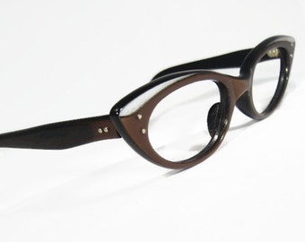 Vintage 50s Women's Pointy Cateye Eyeglasses Eyewear Frame France NOS