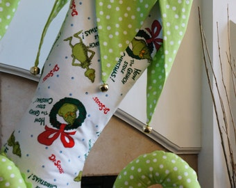 Grinch stocking with stripped godets
