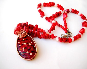 Rock stone necklace Hand painted red coral and white beaded necklace