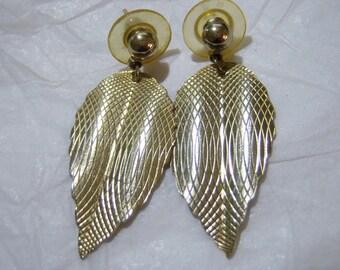 pierced earrings, vintage gold tone veined leaf dangle and drop pierced earrings 1215E