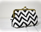 Coin Purse - Metal Frame Pouch - Black Chevron