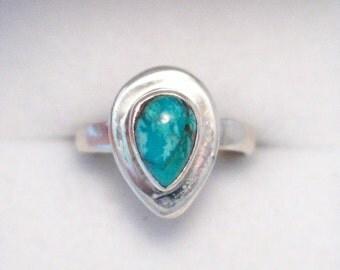 size 5.5 Sterling silver 925 pear cut turquoise metallic matrix pear cut solitiare design ring band simplistic minimalist