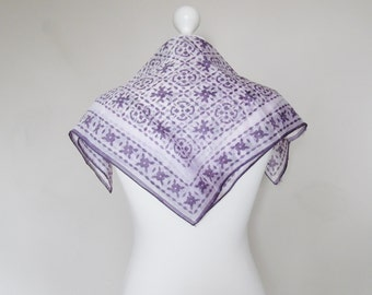 SUMMER SALE 30% off Purple and White Floral Vintage Scarf, 60s, 70s, 80s, Neckerchief, Head Scarf, Ladies Accessories