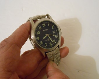 Men's or Women's Wrangler Quartz Wrist Watch with New Battery/New Crystal/New Vintage Band