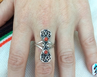 Vintage Sterling Silver w Coral Ring