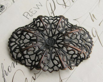 Rippled oval brass filigree - 35mm x 47mm - dark antiqued brass, aged black patina, pierced ornament, wrap wrapping
