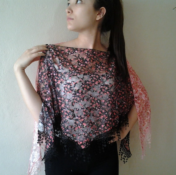 Scarf Top poncho Lace blouse Versatile Two color Triangle fringe poncho double layered shawl
