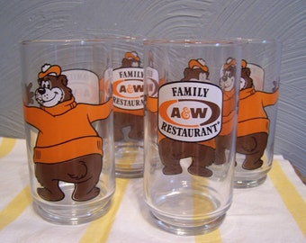 A & W Root Beer Glasses, (4), Root Bear, Collectible Glasses, Bear Hugging Glass, A W Logo Advertising
