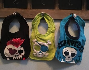 Skull Baby Bib Set