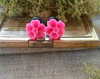 Flower Plugs, Wedding Gauges, Prom Gauges, Pink Flowers