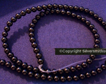 """95 Natural Black Onyx beads smooth 4mm round beads 15"""" st bs097"""