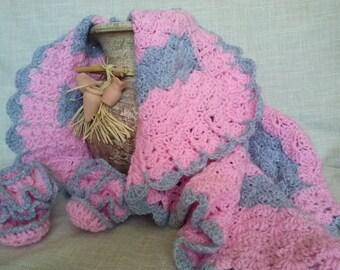 Crochet Afghan, baby blankets, blanket newborn,  blanket baby blanket, knit blanket newborn, Vintage style Pram, Crib pink blanket
