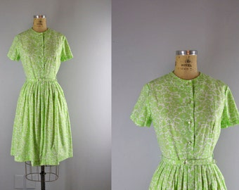 1960s Vintage Dress l 60s Green and White Shirtdress