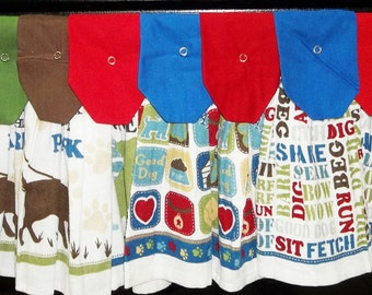 Hanging Kitchen Towels - Dog Lovers - Squares - Dogs  - Paw Prints - Good Dog - Words