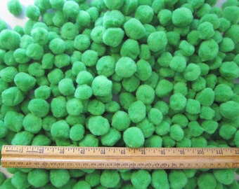480 pom poms - GREEN pom poms - 3/4 and 1 inch sizes - acrylic pom poms