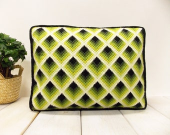 Retro Geometric Design Pillow--- Bargello Stitch--- Diamond Motif Design--- Mid Century Op-Art