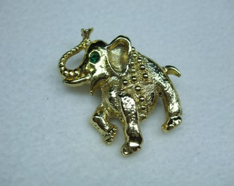 Vintage Elephant gold tone pin  figural brooch-with Rhinstones