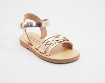 Babys leather sandals