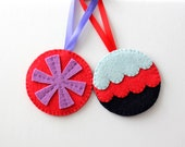 Snowflake Ornament, Scallop Ornament, Set of 2, Handmade Christmas Ornaments, Felt Ornaments, Red Blue Purple, Holiday Decor, ready to ship
