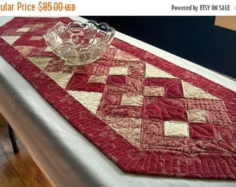 CIJ SALE Red Ivory Table Runner Quilted Interlocking Squares Elegant Quiltsy Handmade FREE U.S. Shipping