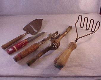 Wood Handle Kitchen Utensil Lot