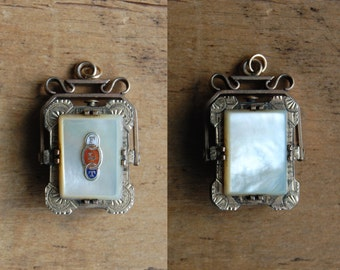 Victorian Oddfellows mother of pearl double sided swivel locket