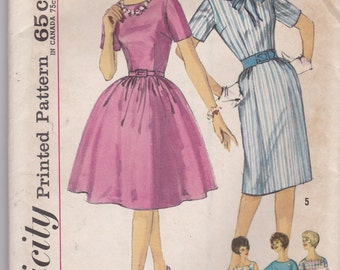 1940s Vintage Sewing Pattern, Simplicity 4257, womens dress, size 16