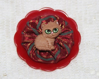 Christmas Brown Cat Red and GreenYo Yo Button Brooch