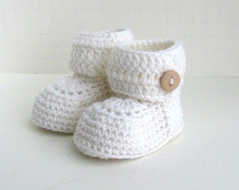 cashmere merino wool short baby booties handmade knitted ugg style button cuff boxed shoes in pure white size 0 to 6 months warm and woolly