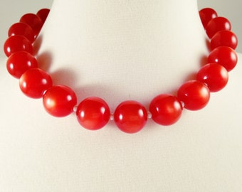 RED LUCITE NECKLACE - Retro Necklace - MidCentury Beaded Necklace - Vintage Necklace - Red Moonglow Necklace - Vintage Jewelry, 60s Necklace