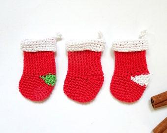 Red Christmas stockings - holiday stockings - crochet stockings - xmas stocking - Christmas stocking decorations - kids stockings - set of 3