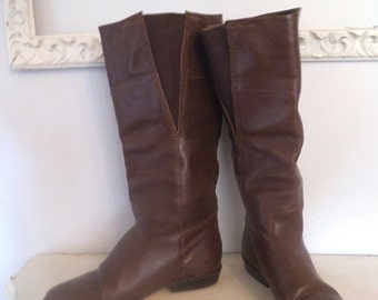 Vintage Tall Brown Leather Boots ~ Size 7 1/2 Woman's riding Boots ~ Flats
