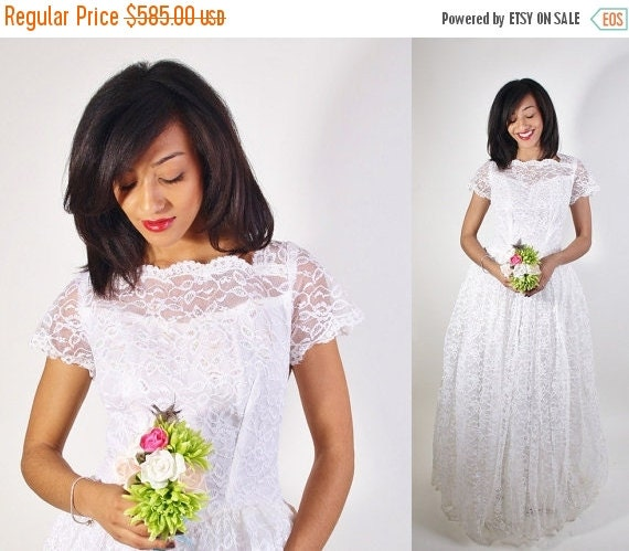 75% OFF FINAL SALE - Lace Wedding Dress / 1950s Wedding Dress / Long Dress / White Lace / Bombshell / Pinup / Vintage Lace / White / Dress /