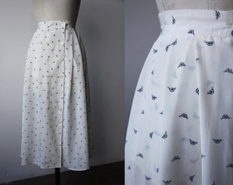 Vintage White Skirt with Sailor Knot Print Nautical Novelty Midi Length M-L