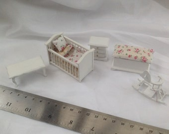 Dolls House Miniatures - Hand Dressed Pretty Cot set - 1/24th (1/2 inch bed) - Amy