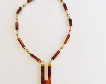 French VTG 1970 backelite marbeled brown tortoize necklace