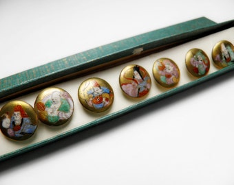Gods of Good Fortune Satsuma Button Set of 7 Gold