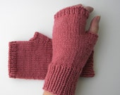 Hand Knit Pure Soft WOOL Fingerless GLOVES in ROSE