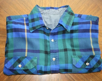 Vintage Mens Flannel • Blue Green Plaid Flannel Shirt