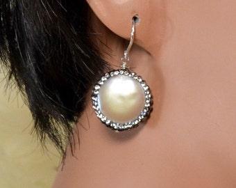 LP 1328 Coin Shaped Pearl And Swarovski Rhinestone Earrings