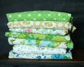 Vintage Sheet Fat Quarter Bundle - Green Floral Mix - Set of 7