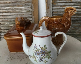 Vintage Antique Graniteware Enamelware Teapot , Flowers